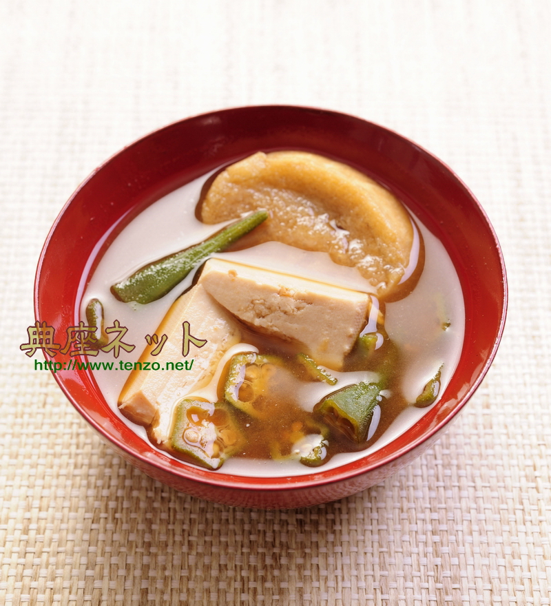 豆腐とオクラの味噌汁
