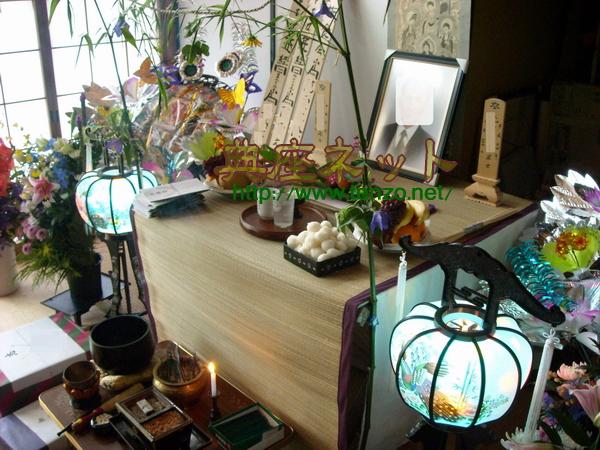 家庭でのお盆棚飾りの一例
